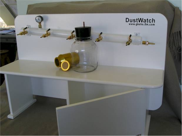 filter-bench-buchner-funnel-lab-equipment